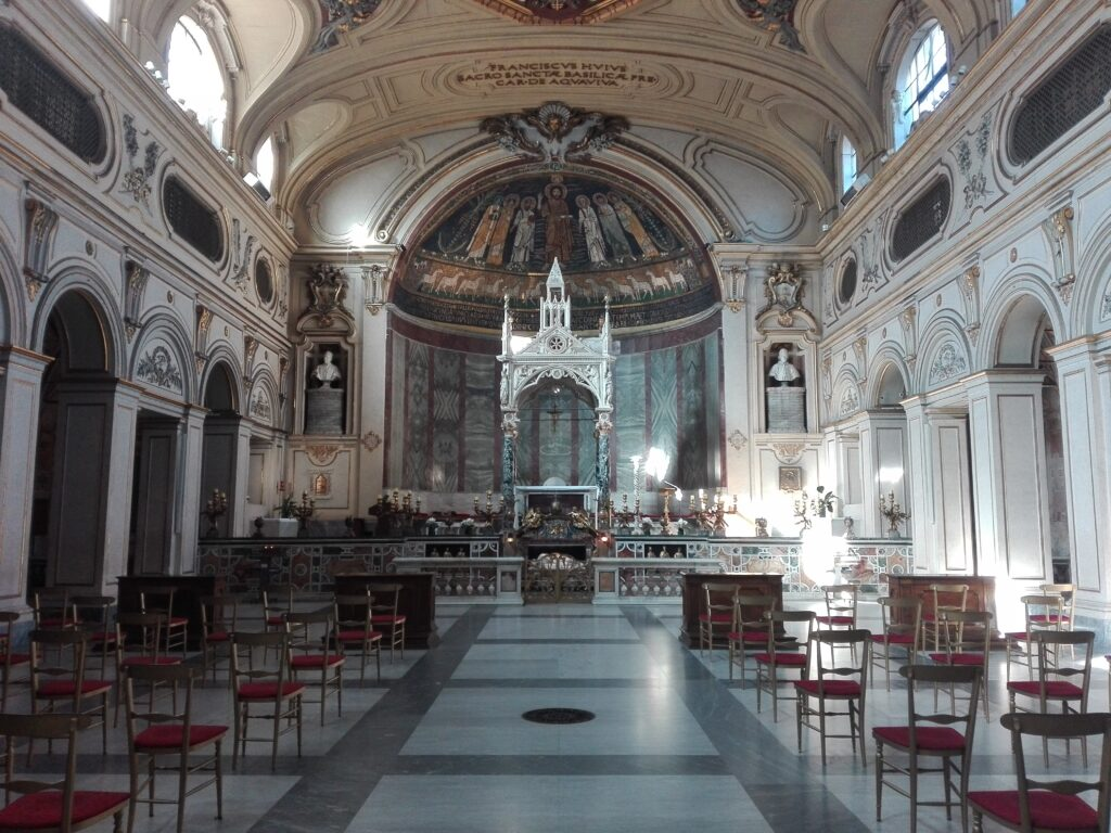 Interno Chiesa di Santa Cecilia in Trastevere, Roma