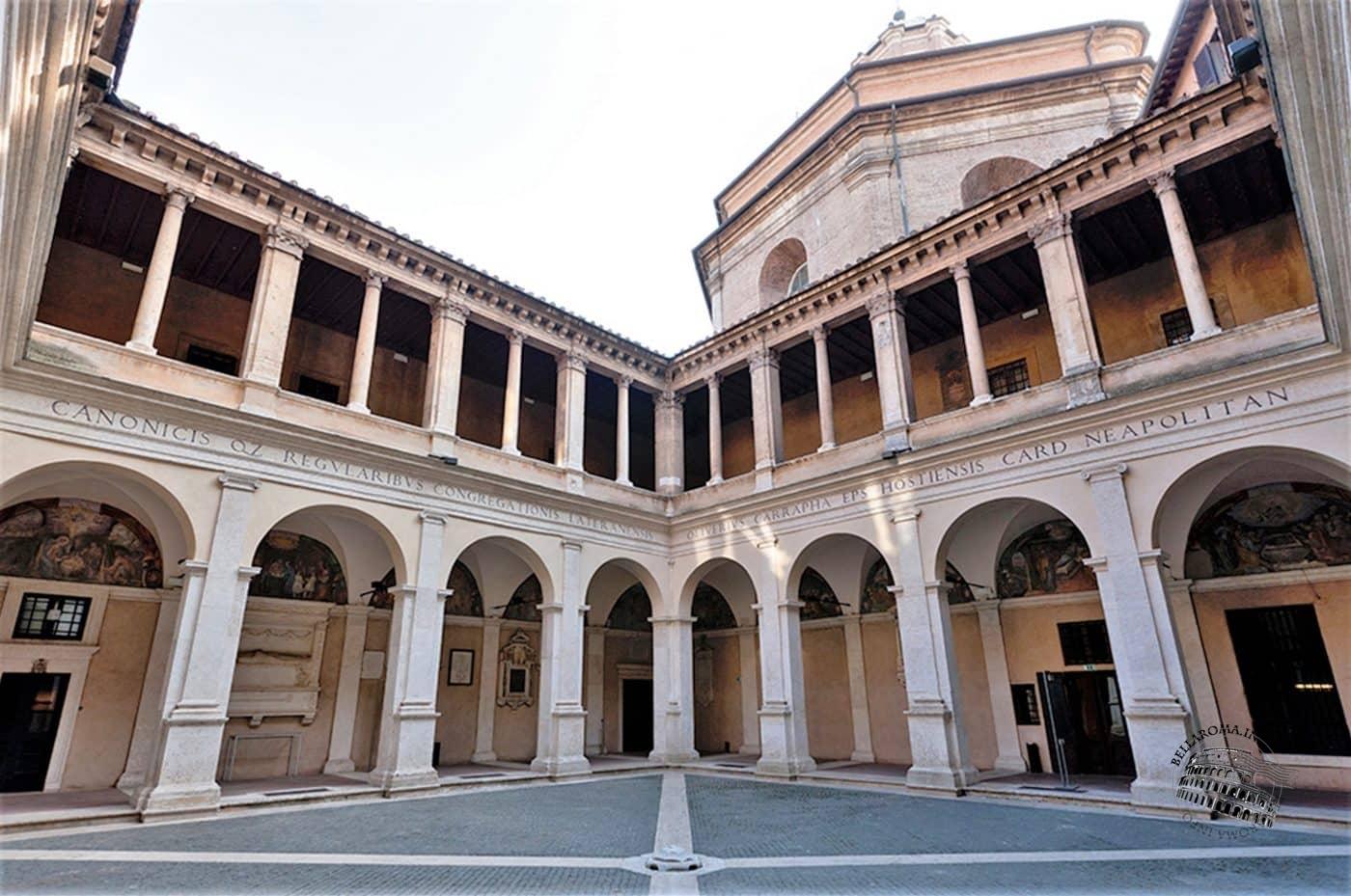 Chiostro chiesa di Santa Maria della Pace, Roma