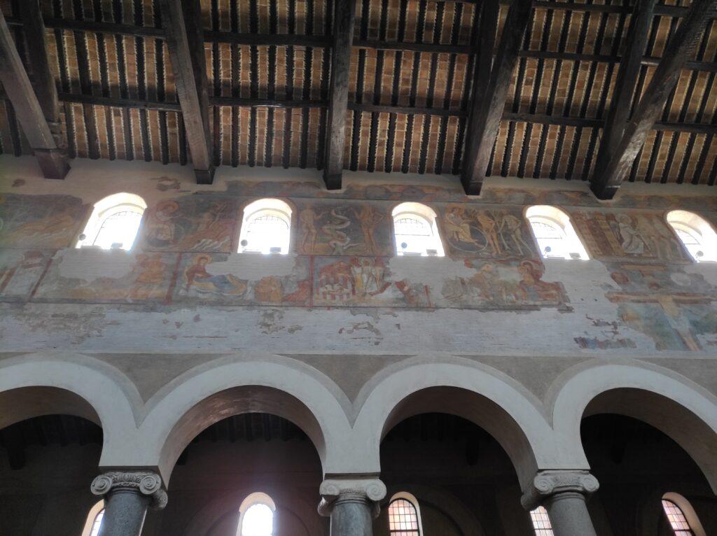 Affreschi di fine XII sec. basilica di San Giovanni a Porta Latina, Roma
