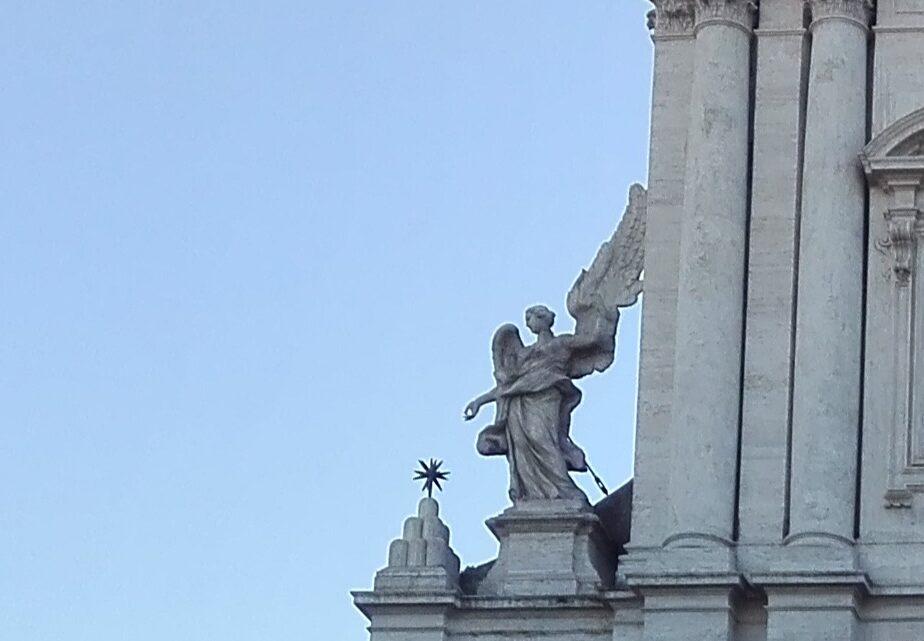 Aneddoti e curiosità sulla chiesa di Sant'Andrea della Valle